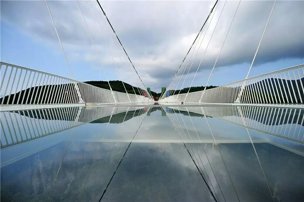 长沙出发:C2线【三阳开泰至尊版】大峡谷玻璃桥+袁家界+天子山+天门山3日游
