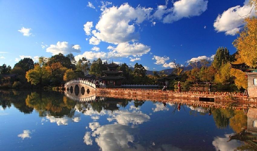 广州往返 云南昆明、西山、大理 、崇圣寺三塔、丽江古城双飞六天团【昆明往返】